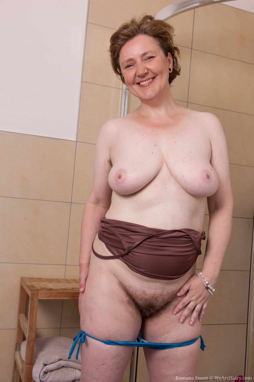 RomanaSweet_ShowerFun_029