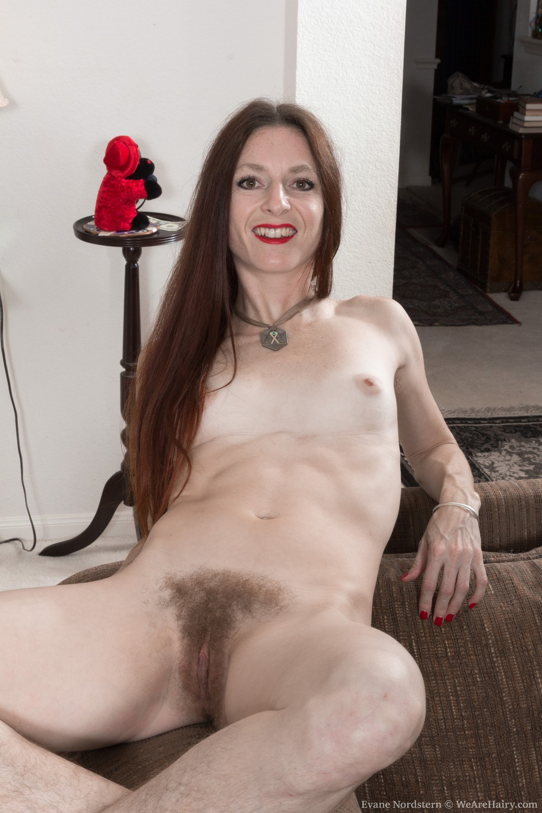 evane-nordstern-strips-naked-in-her-living-room12.jpg