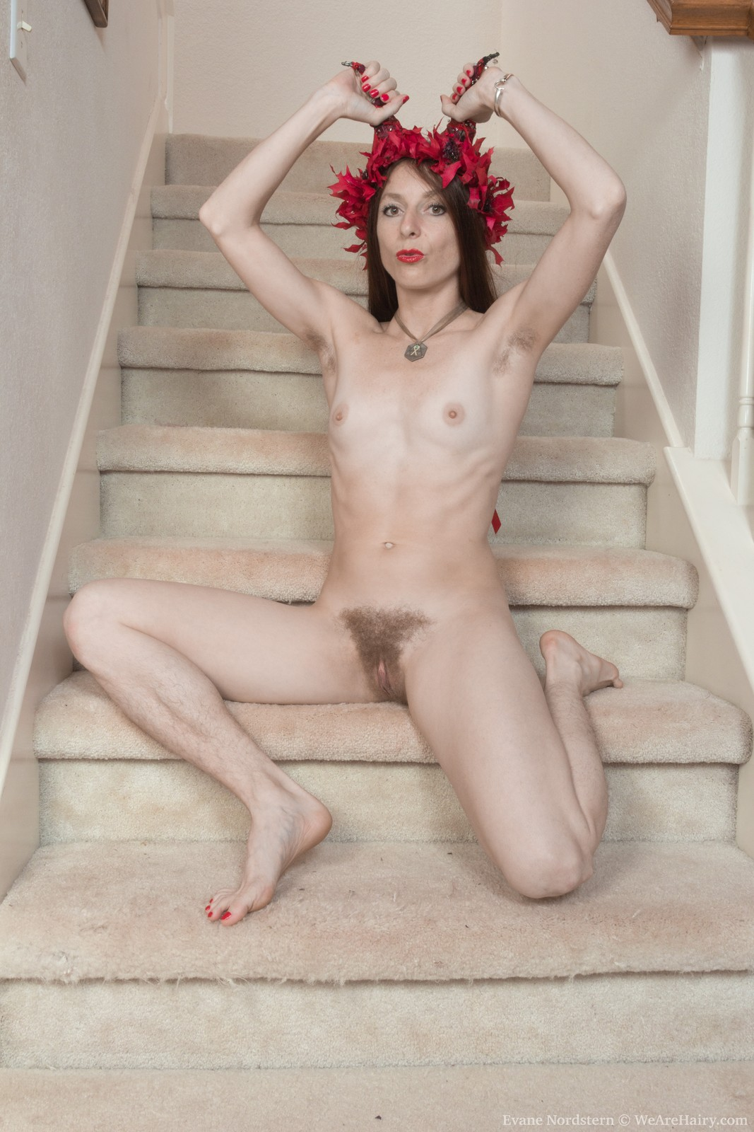 evane-nordstern-strips-naked-on-her-staircase13.jpg