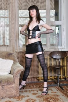 Kissa's kinky leather and lingerie romp