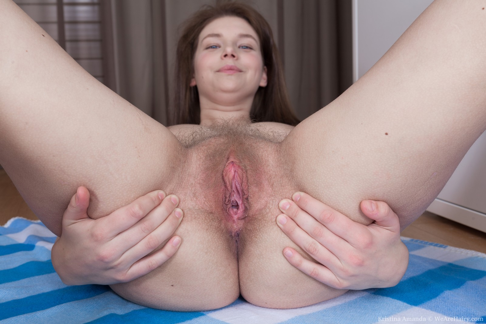 kristina-amanda-gets-naked-after-some-cleaning7.jpg
