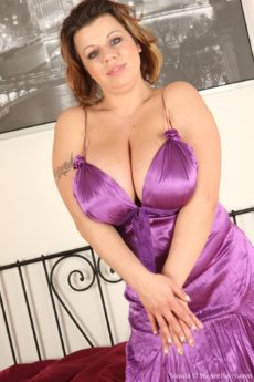 Hairy BBW Vanda busts out of her silky dress
